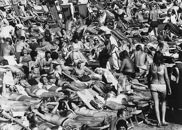 Sobre 1970: la imagen del boom turístico en Las Canteras