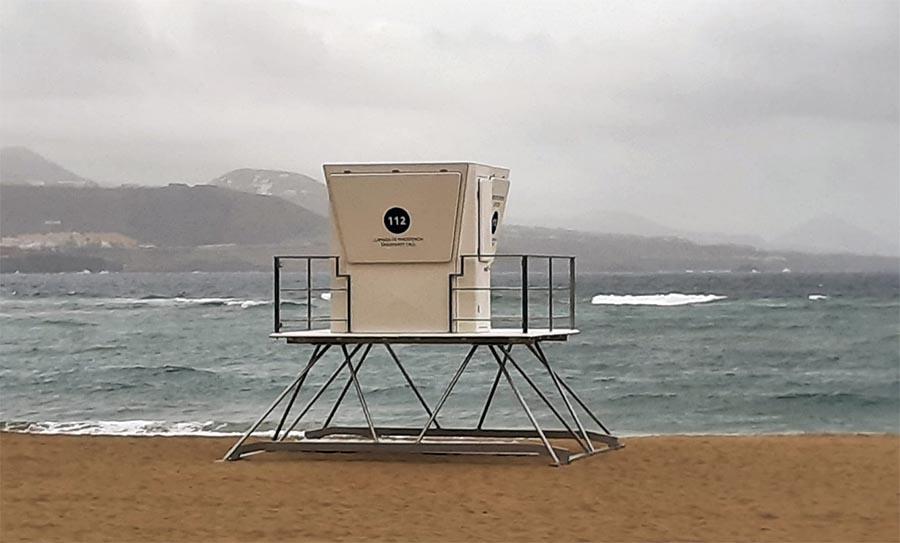 Se instalan tres nuevas torres de vigilancia en Las Canteras, Las Alcaravaneras y La Laja