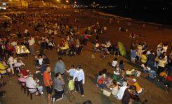 La ciudad no cerrará la playa de Las Canteras en la noche de San Juan