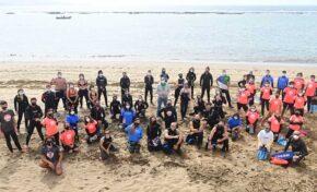 Las Palmas de Gran Canaria se suma al Día Mundial de los Océanos con una limpieza de fondos en Las Canteras