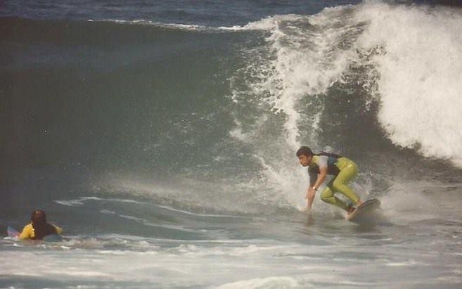 Fallece Gustavo Sánchez, un histórico del surf en la Cícer