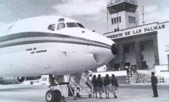 """Un avión DC-8 de AVIACO llamado """"Playa de las Canteras"""""""